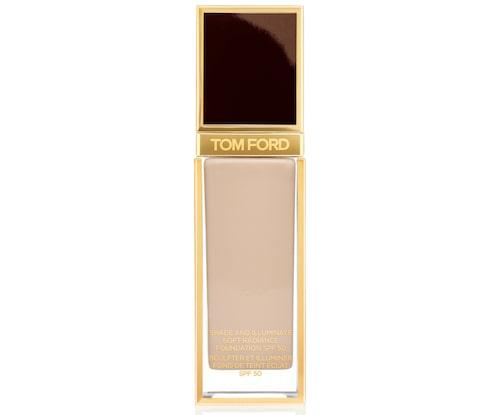 Recension och omdöme på Shade and illuminate soft radiance foundation spf 50, Tom Ford.