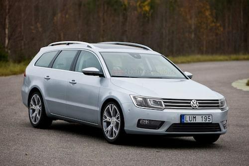 Volkswagens nya frontdesign har avslöjats på konceptbilarna CrossBlue och Taigun men kan till viss del ses redan på kommande Golf Sportsvan. Horisontella linjer och enkelhet dominerar.