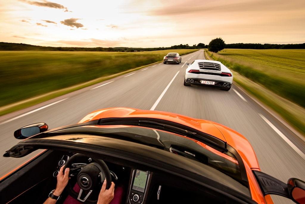 Bilden ljuger – McLaren-förare kommer aldrig behöva se den här synen.