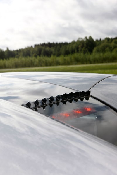 Form och funktion går hand i hand på Koenigegg CCR Evolution.