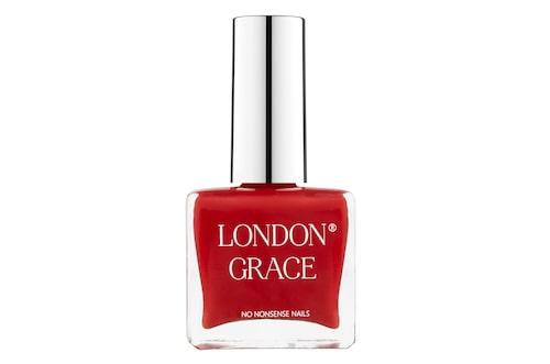 Rött nagellack går aldrig ur tiden.