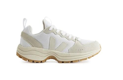 Chunky sneakers från Veja.
