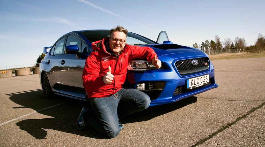 Hans Hedberg med nya Subaru WRX STI