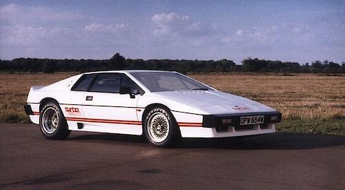Det finns flera klassiska Esprit-generationer. Här är en av de mest omtyckta, Esprit Turbo från tidigt 1980-tal.