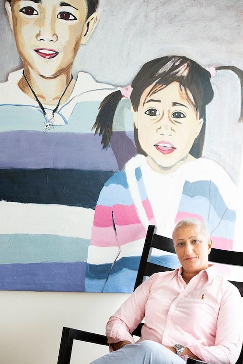 Sahars barn Isabelle och Ludwig på en tavla av Anna-Karin Svedjestrand