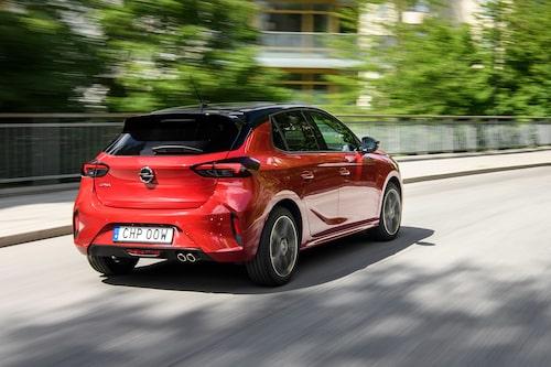 Nya Opel Corsa har tuffare form än förr men är mer sansad än systerbilen Peugeot 208.