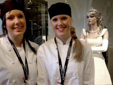 <p>Ida Bjurstr&ouml;m och Sofia Karlsson</p>