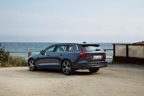 Volvo V60 D4 Inscription Denim Blue 2019