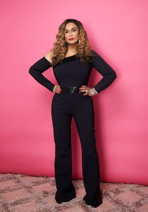 Tina Knowles är inte bara Beyoncés mamma utan också en duktig modedesigner.
