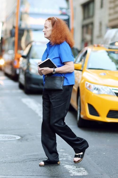 Grace Goddington är redaktör på amerikanska Vogue, känd för att genomföra stora, komplexa och dramatiska photoshoots.