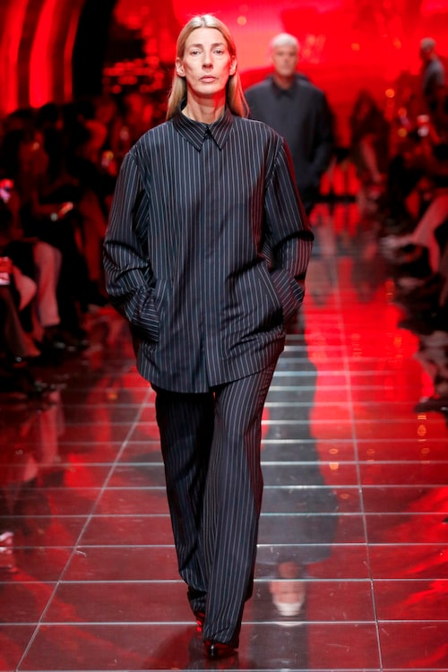 Britta Lund är grundaren till fotografagenturen LundLund och slog igenom som modell efter  Balenciagas visning på Paris Fashion Week 2018.