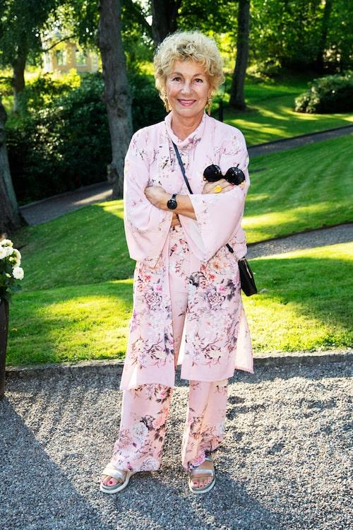 Amelia Adamo är grundaren till flera av Sveriges största magasin för kvinnor, samt ett proffs på snygga örhängen.
