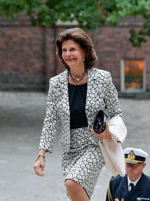 Drottning Silvia har under många år imponerat med vackra galaklänningar och snygga vardagskostymer.