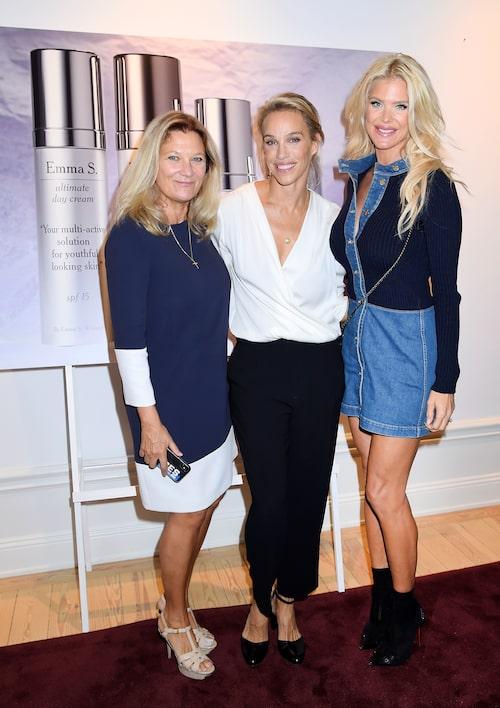 Mika Kjellberg är grundaren till modellagenturen Mikas och klär sig i snygga stilrena plagg.