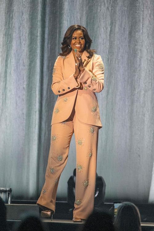 Michelle Obama är den uppmärksammade före detta presidentfrun, vars pondus avspeglar sig i hennes stil.