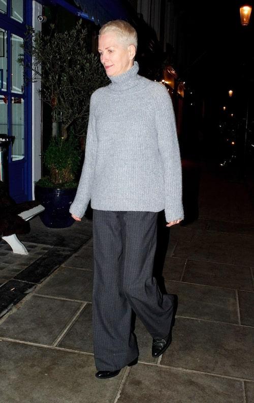 Inger Moss är modellen som också är ett proffs på 50+ mode.
