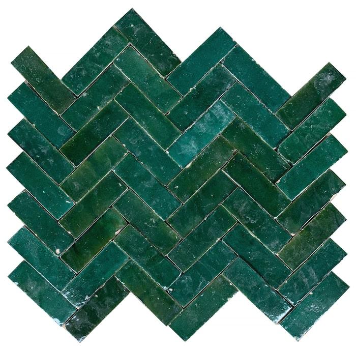 1. Handgjort Zelligekakel i färgen Garden green, 14 x 4,5 cm, 1 950 kr/kvm, Marrakech design.