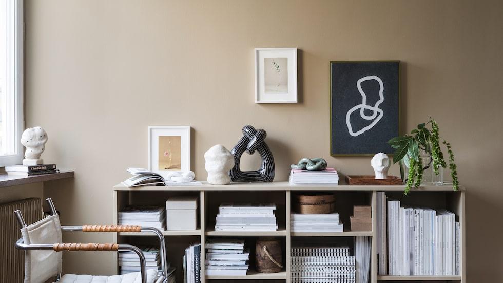 Proffsen tipsar om hur du bäst förskönar ditt hem med konst.