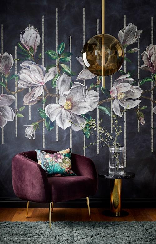 Tapet Magnolia frieze ur kollektionen Folium, 3289kr/rulle, Osborne & Little.
