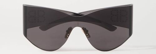 Futuristiska solglasögon från Balenciaga.