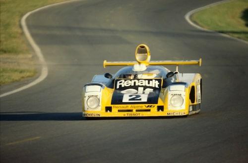 Alpine Le Mans A442