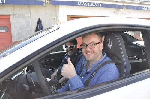 Hans Hedberg diggar Maserati GranTurismo MC Stradale.