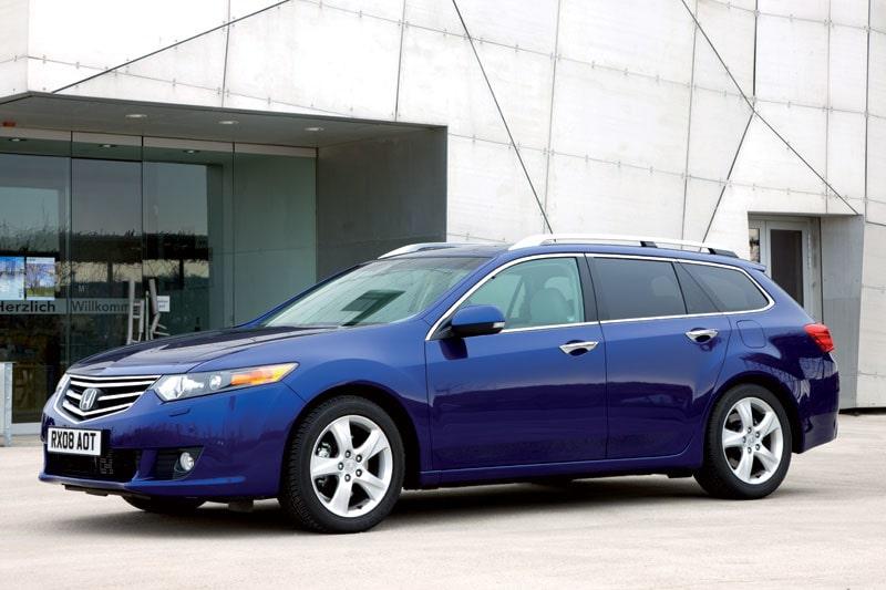 Nya Honda Accord. Här i Executive-utförande med 2.4-liters bensinmotor.