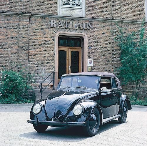 Volkswagen 1200 Cabriolet från 1938. Denna bil ägdes av Adolf Hitler.