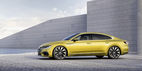 Volkswagen Arteon debuterade under bilsalongen i Genève i våras och går att köpa sedan april.