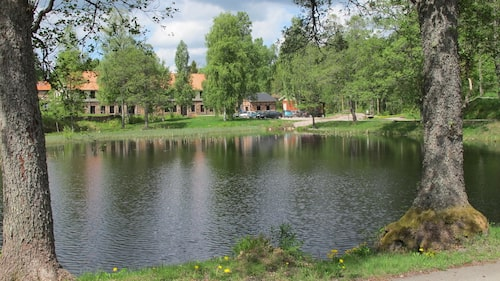 Marieholms Bruk, ett stenkast från Gnosjö och High Chaparral i hjärtat av Småland.