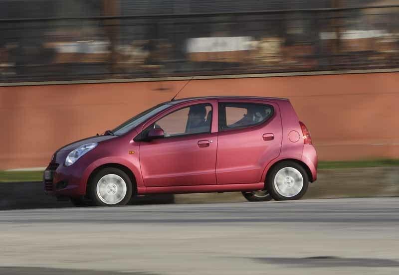 Provkörning av Suzuki Alto 1,0 L
