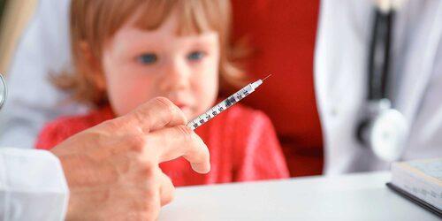 Det finns inga kopplingar mellan narkolepsi och säsongsinfluensavaccinet, enligt Mia Brytting på Folkhälsomyndigheten.