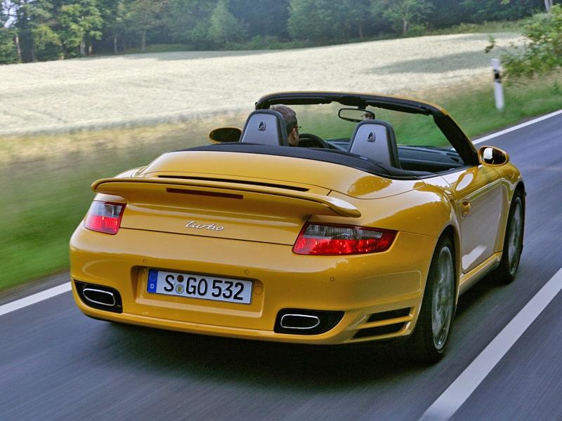 Så ser 911 Turbo ut - när du blir omkörd.