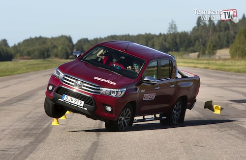 In 2016 it went like this for the Toyota Hilux. The film from the test has been viewed over 15 million times.