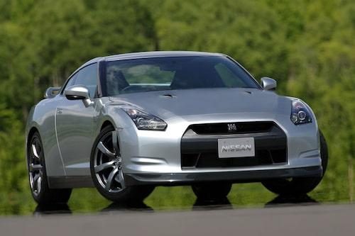 Det råder delade meningar angående formgivningen av GT-R, men enligt Daniel Frodin ser bilen riktigt bra ut i verkligheten, speciellt framifrån och från sidan.