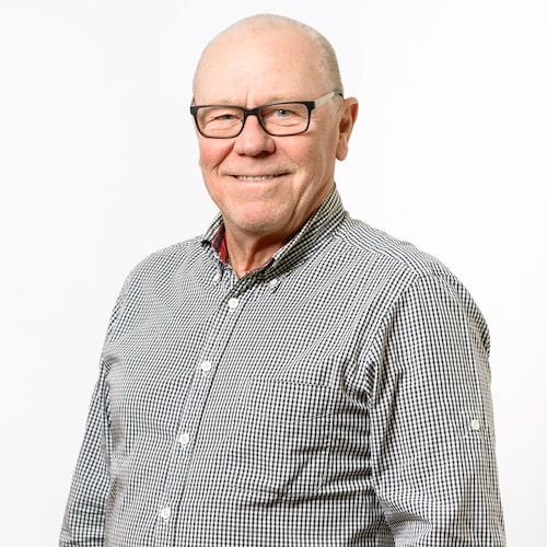 Ruben Börjesson har många strängar på sin lyra. Under många år har han varit en del av Teknikens Värld och är det fortfarande. Parallellt med det har han bland annat varit trafikpolis under 45 år.