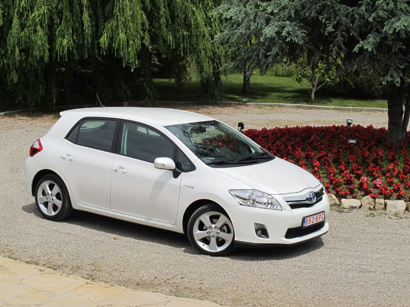 Provkörning av Toyota Auris Hybrid