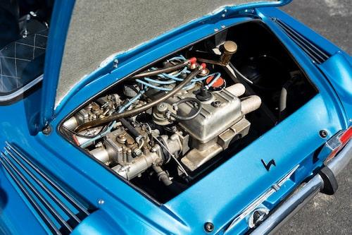 Motorn i 1600 S är hämtad från Renault 16, en motor som också satt i Lotus Europa. Motorn i de tidigare 1100 och 1300-versionerna hämtades från Renault R8.
