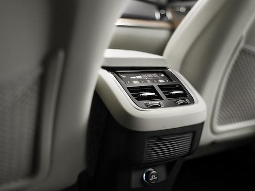 Nya Volvo XC90 modellår 2015.
