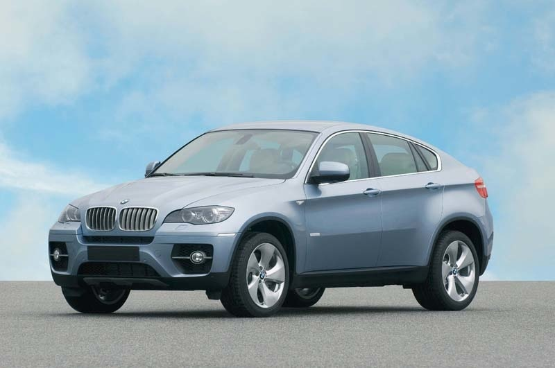 Provkörning av BMW Activehybrid X6