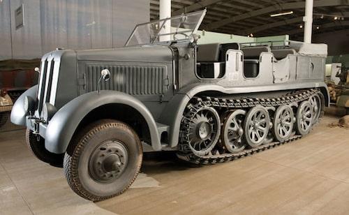 1935-45 Daimler-Benz DB10 SdKfz 8 12-tons halvbands transportfordon