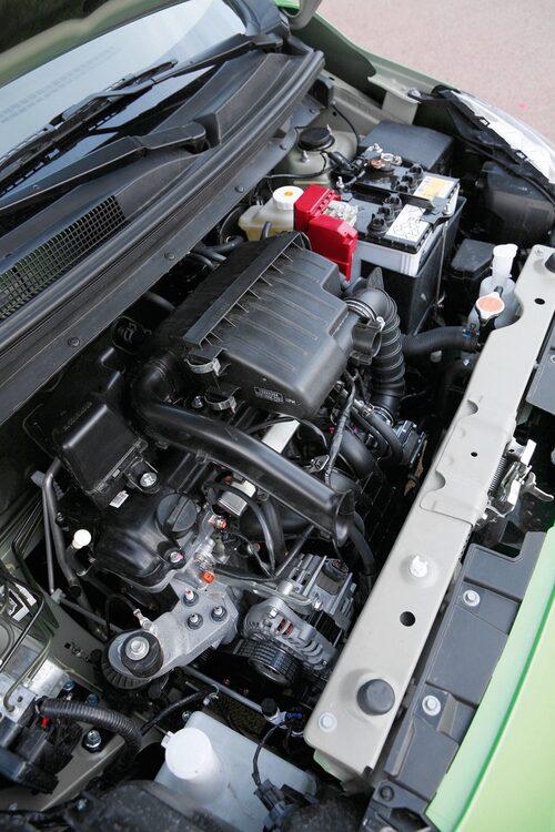 Något motorval behöver inte göras. Det erbjuds nämligen bara en trecylindrig bensinare.