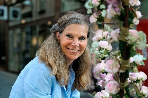 Vår guide på resan är rosexperten Christina Högardh-Ihr.