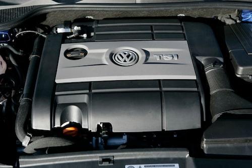 Äntligen en motor som motsvarar bilens tuffa look.