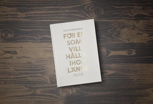 Relatinsbibeln: För er som vill hålla ihop länge ges ut av Bookmark förlag.