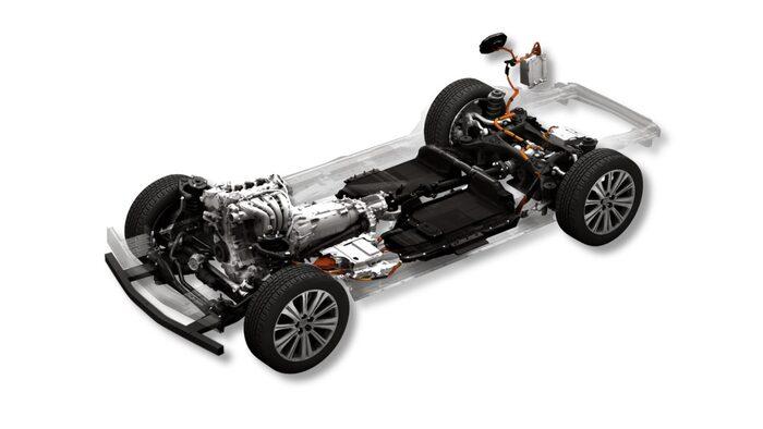 Laddhybrid med bensinmotor.