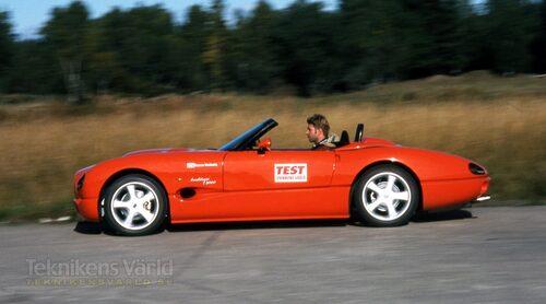Originalet från 1990-talet – JC Indigo 3000.
