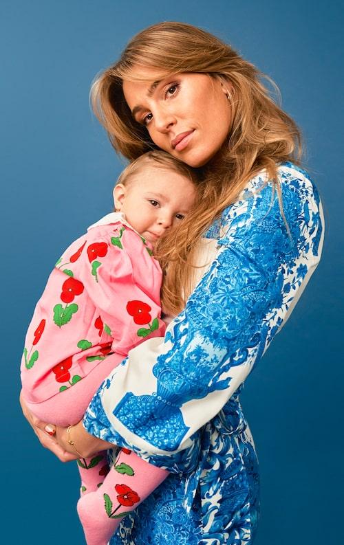 Sara Biderman med dottern Bonnie.