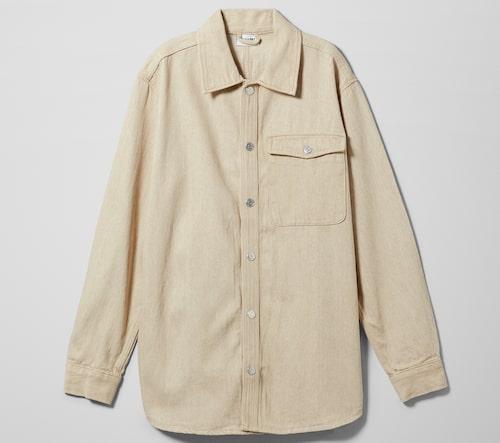 Demimskjorta av ekologisk bomull och linne från Weekday. Klicka på bilden och kom direkt till skjortan.