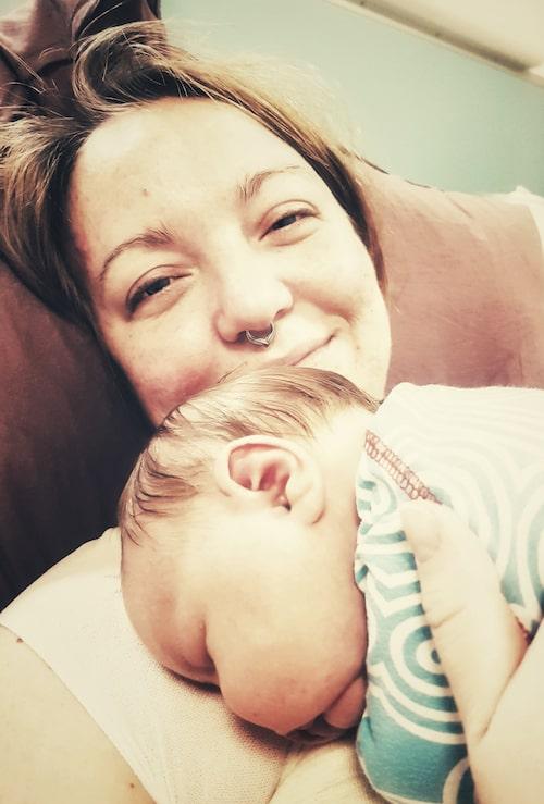 Alicia med dottern Lykke.